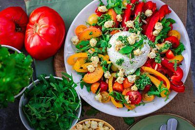 Los 6 beneficios de comer ensaladas